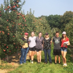 Group photo with apple breeder Susan Brown.